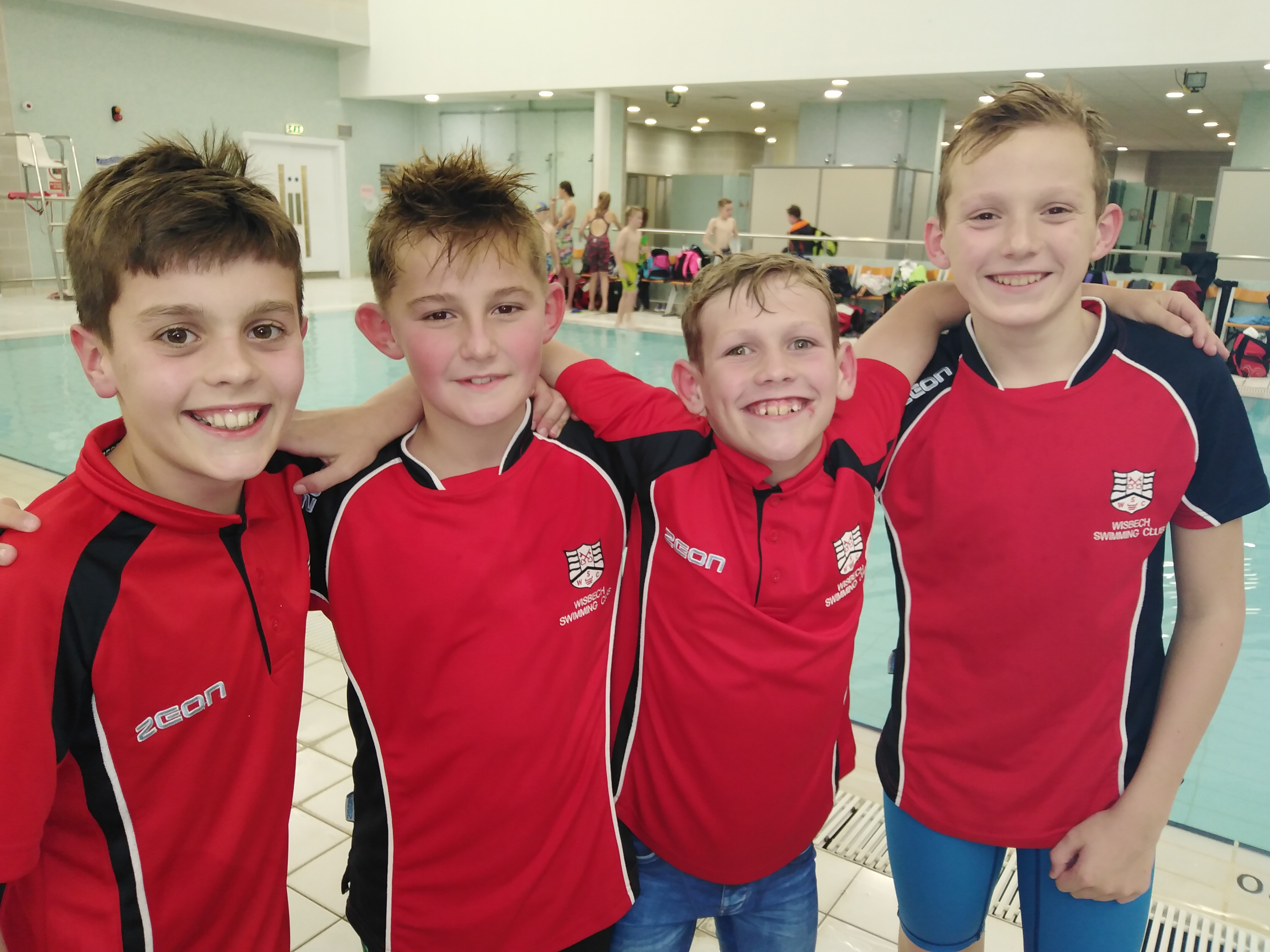 Well done to our boys 9 - 11relay team. Convincing 1st places in both the 4 x 50 freestyle relay and the 4 x 50 medley relay